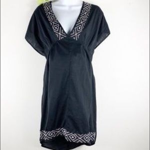 NWOT Black old navy beach cover up